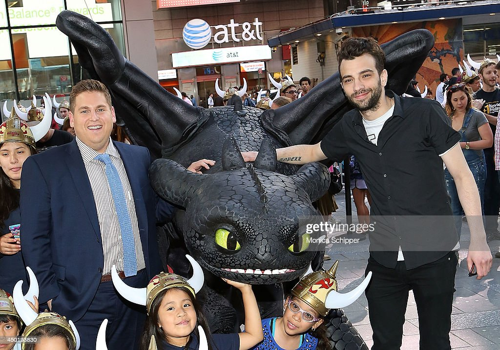 How to train your dragon 2 photo call actors jonah hill l and jay baruchel r attend the how ccuart Gallery