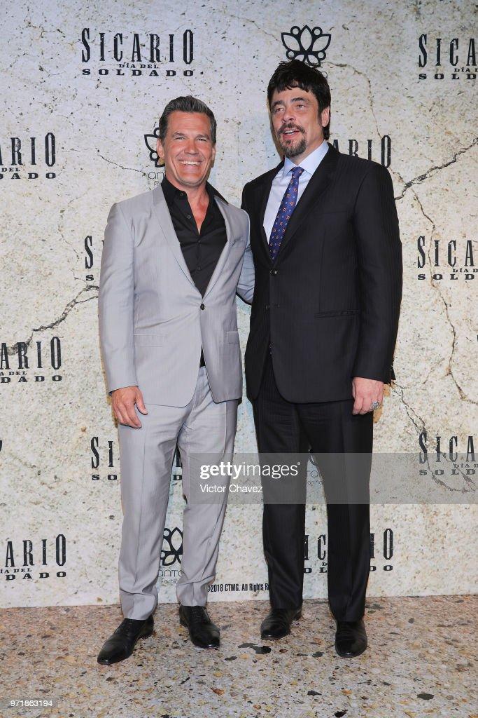 Actors Josh Brolin and Benicio Del Toro attend the 'Sicario: Day of the Soldado' Mexico City premier at Antara Polanco on June 11, 2018 in Mexico City, Mexico.