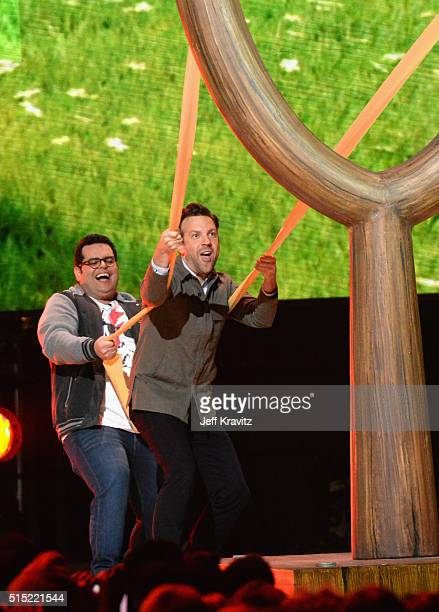Actors Josh Gad and Jason Sudeikis onstage at Nickelodeon's 2016 Kids' Choice Awards at The Forum on March 12 2016 in Inglewood California