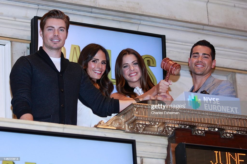 Actors Josh Henderson, Jordana Brewster, Julie Gonzalo and Jesse Metcalfe ring the closing bell at the New York Stock Exchange on June 12, 2012 in New York City.