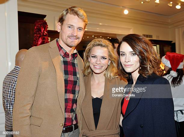 Actors Josh Pence Bethany Joy Lenz and Abigail Spencer attend the Brooks Brothers holiday party with St Jude Children's Research Hospital at Brooks...