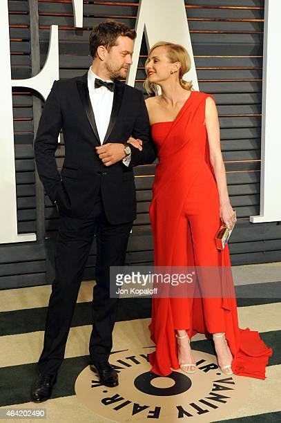 Actors Joshua Jackson and Diane Kruger attend the 2015 Vanity Fair Oscar Party hosted by Graydon Carter at Wallis Annenberg Center for the Performing...