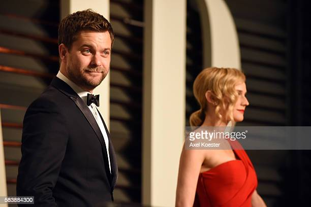 Actors Joshua Jackson and Diane Kruger attend the 2015 Vanity Fair Oscar Party hosted by Graydon Carter at the Wallis Annenberg Center for the...