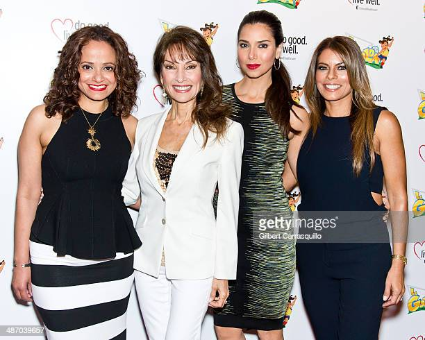 Actors Judy Reyes Susan Lucci Roselyn Sanchez and Lisa Vidal attend the La Golda premiere at Lighthouse International Theater on April 26 2014 in New...