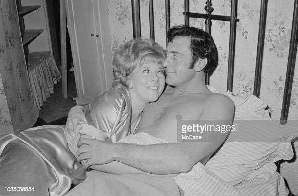 Actors Julia Foster as Christine Turnbull and Harry H Corbett as Hemel Pike filming a scene of comedy film 'The Bargee' directed by Duncan Wood UK...