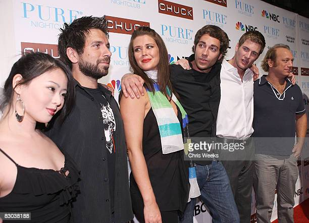 750 Joshua Gomez Photos And Premium High Res Pictures Getty Images Only drawback i agree in an earlier comment regarding 'man with a plan' is the canned laughter. https www gettyimages com photos joshua gomez