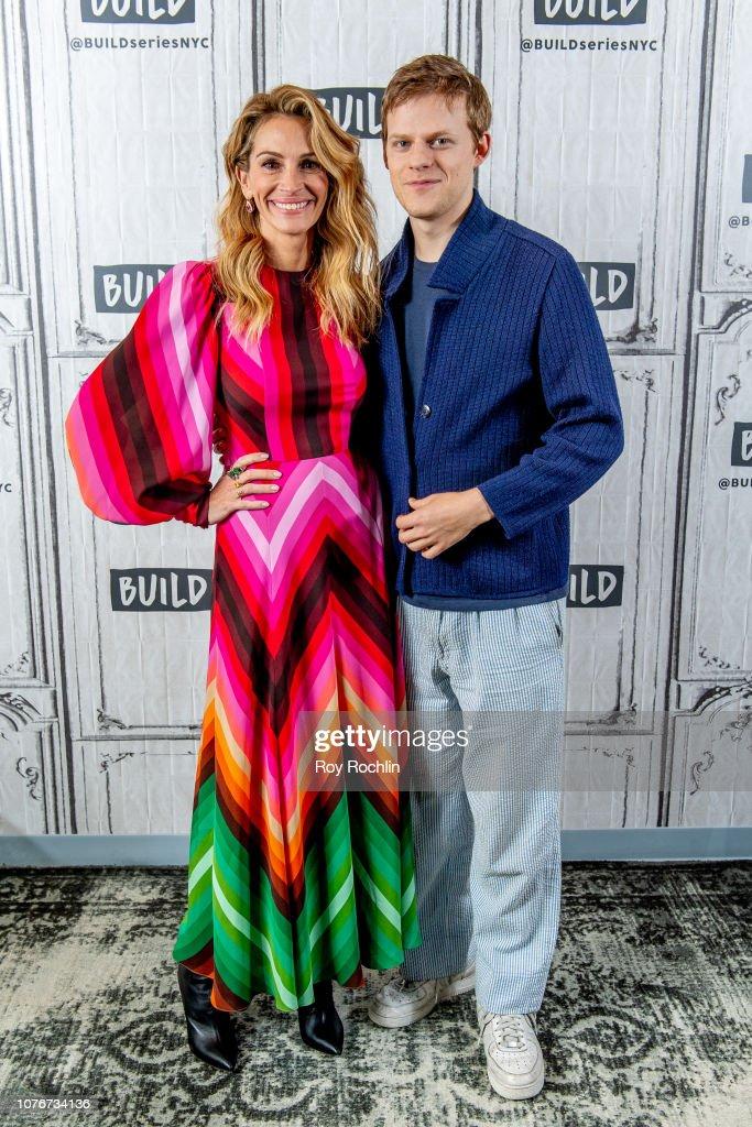 Celebrities Visit Build - December 3, 2018 : News Photo