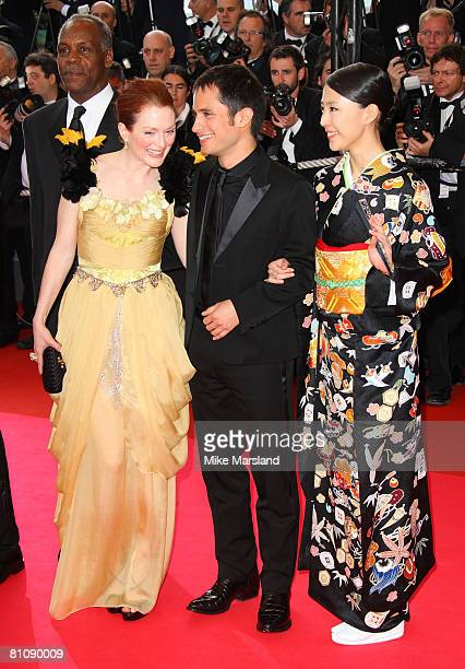 "Actors Julianne Moore, Gael Garcia Bernal and Yoshino Kimura arrive at the ""Blindness"" premiere during the 61st Cannes International Film Festival on..."