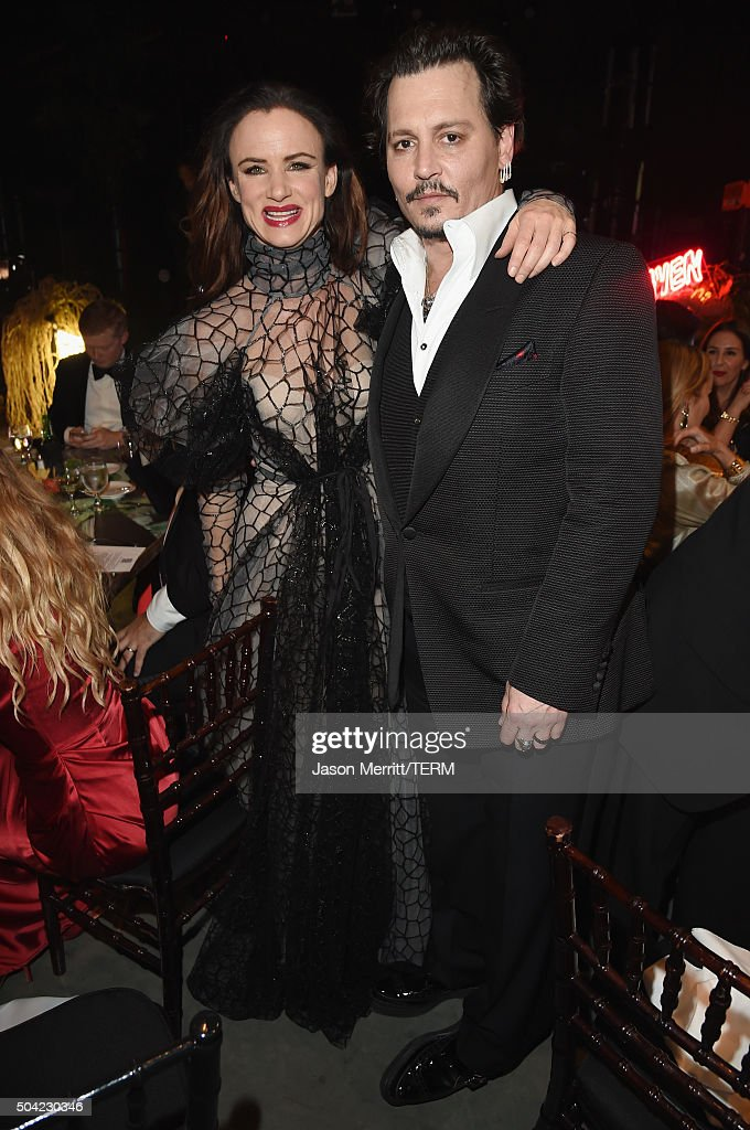 Actors Juliette Lewis (L) and Johnny Depp attend The Art of Elysium 2016 HEAVEN Gala presented by Vivienne Westwood & Andreas Kronthaler at 3LABS on January 9, 2016 in Culver City, California.