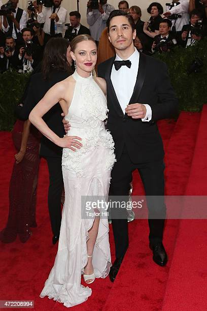 Actors Justin Long and Amanda Seyfried attend 'China Through the Looking Glass' the 2015 Costume Institute Gala at Metropolitan Museum of Art on May...