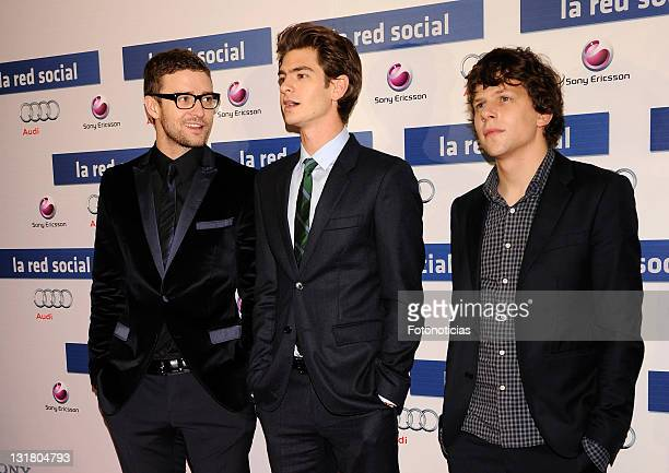 Actors Justin Timberlake Andrew Garfield and Jesse Eisenberg attend 'La Red Social' premiere at the Proyecciones Cinema on October 6 2010 in Madrid...