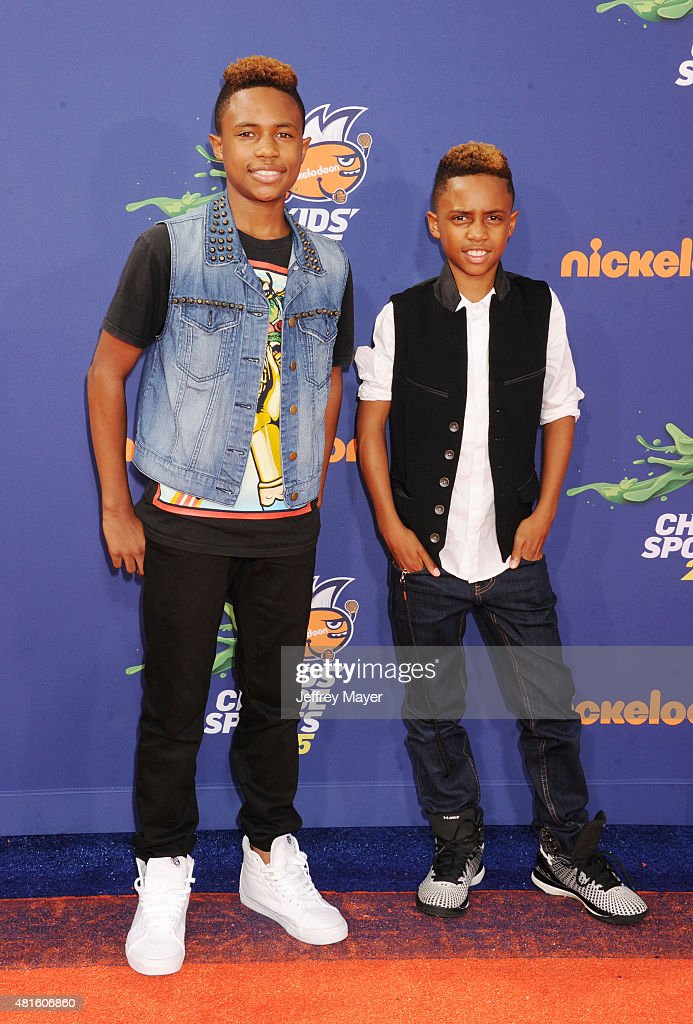 Actors Kailand Morris and Mandla Morris arrive at the Nickelodeon Kids' Choice Sports Awards 2015 at UCLA's Pauley Pavilion on July 16, 2015 in Westwood, California.