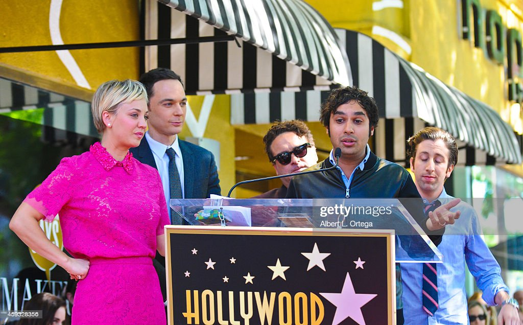 Kaley cuoco and kunal nayyar hookup
