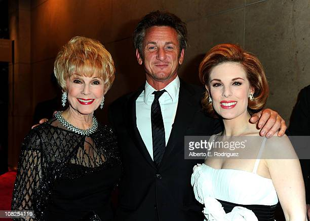 Actors Karen Kramer Sean Penn and Kat Kramer arrive at the 22nd Annual Producers Guild Awards at The Beverly Hilton hotel on January 22 2011 in...