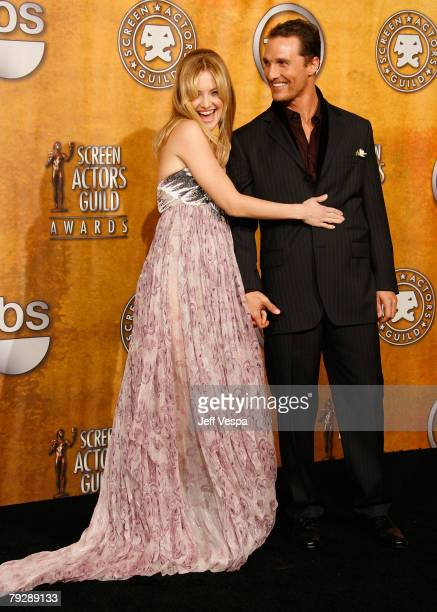 Actors Kate Hudson and Matthew McConaughey in the press room at the 14th Annual Screen Actors Guild Awards at the Shrine Auditorium on January 27...