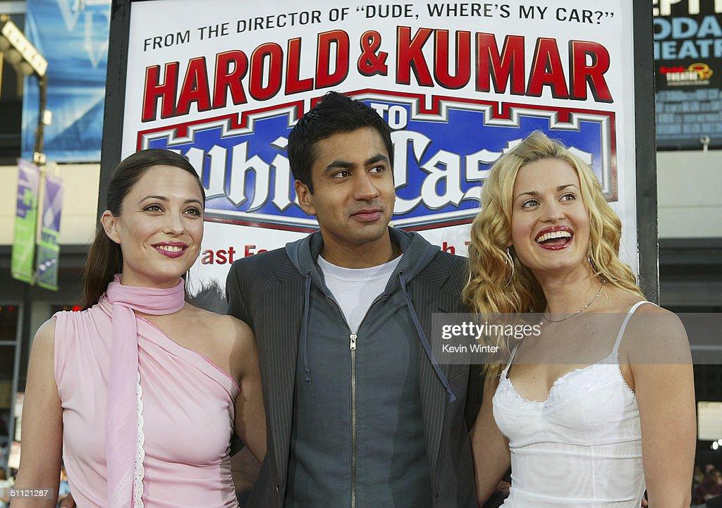 """Premiere Of """"Harold & Kumar Go to White Castle"""" - Arrivals : Nachrichtenfoto"""