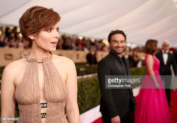 Actors Kate Mara and Johnny Galecki attend The 22nd Annual Screen Actors Guild Awards at The Shrine Auditorium on January 30 2016 in Los Angeles...