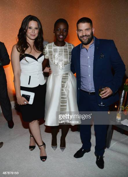 Actors Katie Lowes, Lupita Nyong'o and Guillermo Díaz attend the PEOPLE/TIME WHCD cocktail party at St Regis Hotel - Astor Terrace on May 2, 2014 in...
