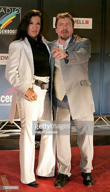 Actors Katy Karrenbauer and Armin Rohde arrive at the Radio Regenbogen Award 2006 on March 9 2007 in Karlsruhe Germany