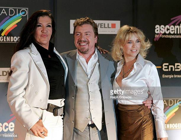 Actors Katy Karrenbauer Armin Rohde and Tina Ruland arrive at the Radio Regenbogen Award 2006 on March 9 2007 in Karlsruhe Germany