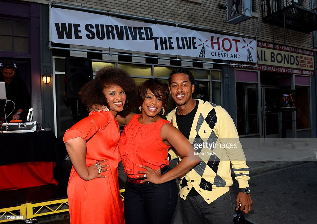Actors Kellee Stewart, Niecy Nash and Wesley Jonathan attend the after party for TV Land's 'Hot in Cleveland' Live Show on June 19, 2013 in Studio City, California. (TV Land's Hot in Cleveland goes LIVE at 10:00pm ET in the first LIVE broadcast in the channel's history. Betty White, Jane Leeves, Wendie Malick and Valerie Bertinelli are joined by guest stars William Shatner (Star Trek), Shirley Jones (The Partridge Family), Daniel Pudi (Community) and Brian Baumgartner (The Office).