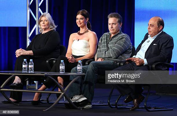 Actors Kelly McGillis and Sarah Lancaster, Director Terrence Cunningham and Producer George Shamieh speak onstage during the 'Love Finds You in Sugar...
