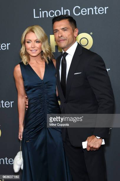 Actors Kelly Ripa and Mark Consuelos attend Lincoln Center's American Songbook Gala at Alice Tully Hall on May 29 2018 in New York City