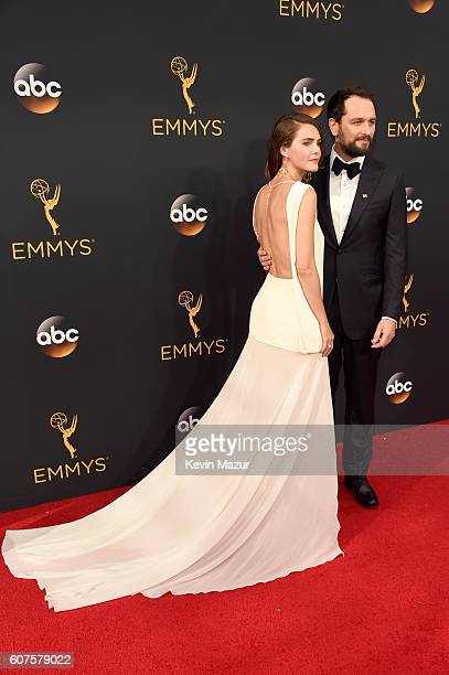Actors Keri Russell and Matthew Rhys attend the 68th Annual Primetime Emmy Awards at Microsoft Theater on September 18, 2016 in Los Angeles,...