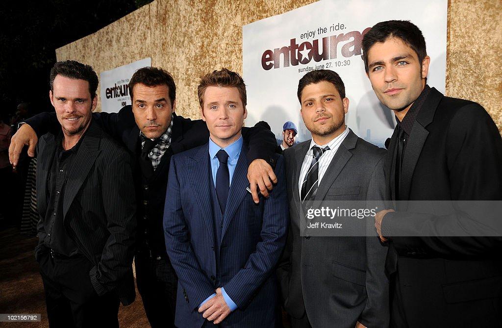 """HBO's """"Entourage"""" Season 7 Premiere - Red Carpet : News Photo"""