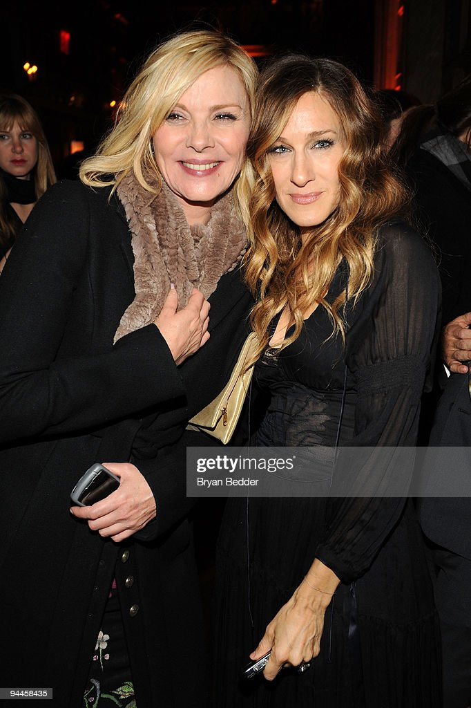 Actors Kim Cattrall and Sarah Jessica Parker attend the premiere of 'Did You Hear About the Morgans?' after party at The Oak Room on December 14, 2009 in New York City.