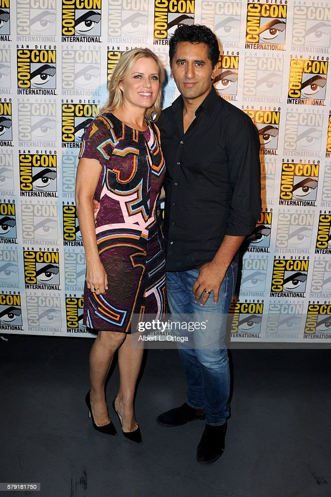 Actors Kim Dickens (L) and Cliff Curtis attend AMC's 'Fear The Walking Dead' Panel during Comic-Con International 2016 at San Diego Convention Center on July 22, 2016 in San Diego, California.
