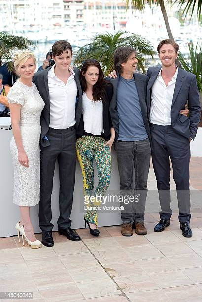 Actors Kirsten Dunst Sam Riley Kristen Stewart director Walter Salles and actor Garret Hedlund attend the 'On The Road' Photocall during the 65th...