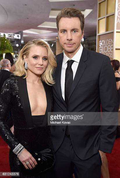 Actors Kristen Bell and Dax Shepard attend the 74th Annual Golden Globe Awards at The Beverly Hilton Hotel on January 8 2017 in Beverly Hills...