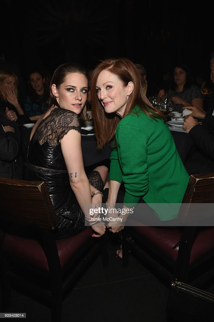 Actors Kristen Stewart (L) and Julianne Moore attend 2015 New York Film Critics Circle Awards at TAO Downtown on January 4, 2016 in New York City.