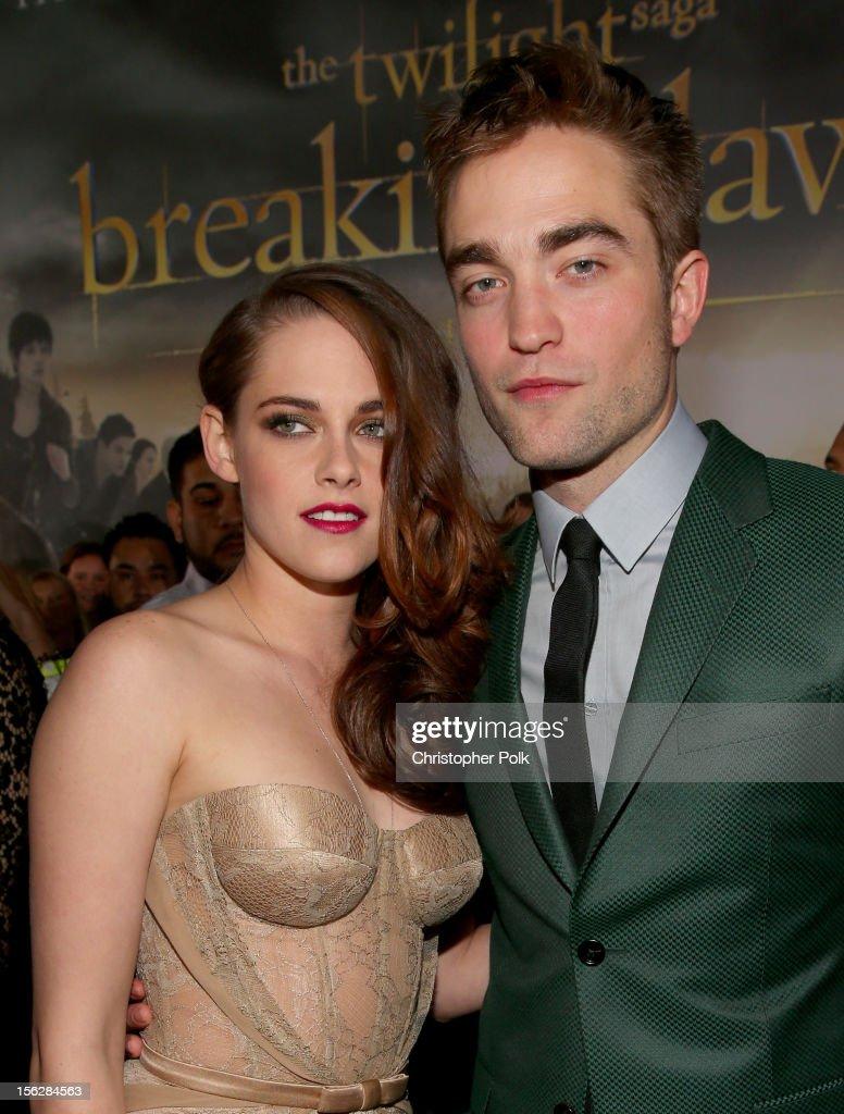 """Premiere Of Summit Entertainment's """"The Twilight Saga: Breaking Dawn - Part 2"""" - Red Carpet : Nachrichtenfoto"""