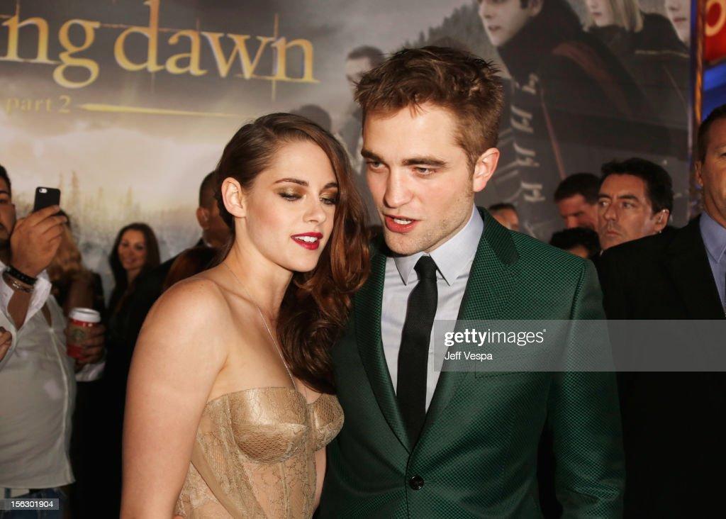 """The Twilight Saga: Breaking Dawn - Part 2"" Los Angeles Premiere - Red Carpet : News Photo"