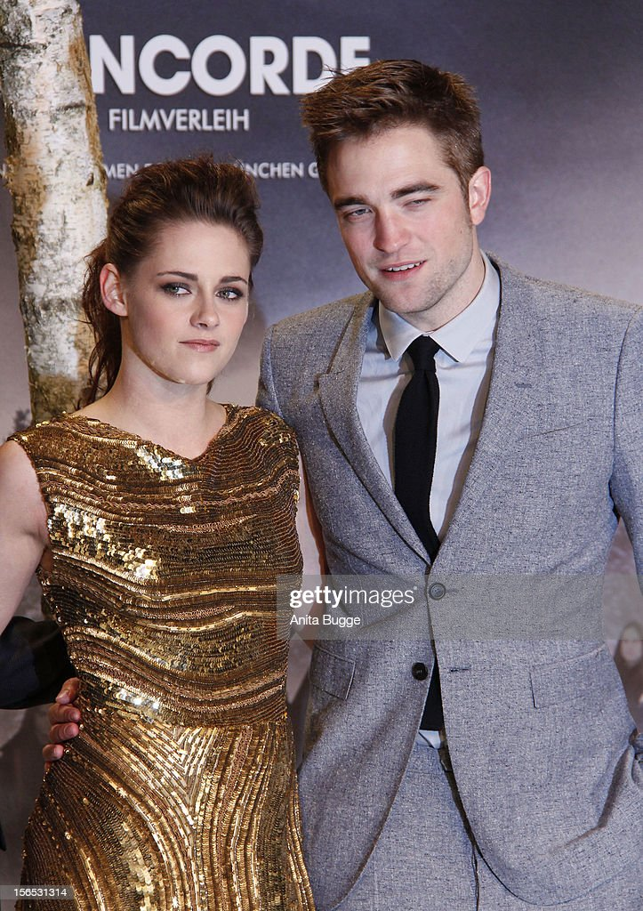 Actors Kristen Stewart and Robert Pattinson attend the 'The Twilight Saga: Breaking Dawn Part 2' Germany premiere at Cinestar on November 16, 2012 in Berlin, Germany.