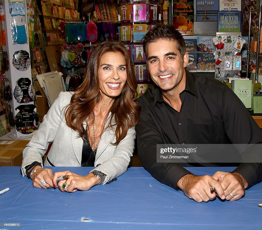 Days of our lives book signing books and greetings in northvale nj actors kristian alfonso l and galen gering attend days of our lives m4hsunfo