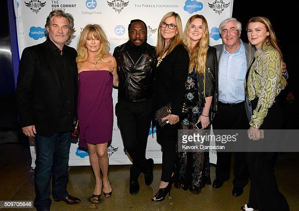 Actors Kurt Russell Goldie Hawn host william Senior vice president of retail and online stores at Apple Inc Angela Ahrendts daughter and Ron Conway...