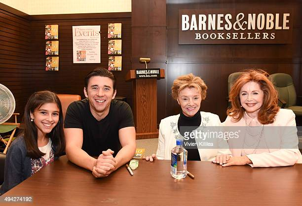 Actors Lauren Boles Billy Flynn Peggy McCay and Suzanne Rogers attend the Days Of Our Lives Book Signing Barnes And Noble The Grove at The Grove on...
