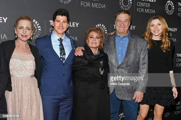 Actors Lecy Goranson Michael Fishman Roseanne Barr John Goodman and Sarah Chalke from the case of 'Roseanne' attend The Paley Center For Media...