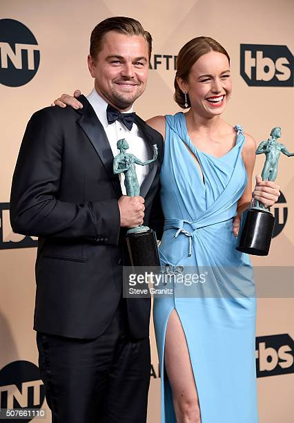 "Actors Leonardo DiCaprio, winner of Outstanding Performance by a Male Actor in a Leading Role for ""The Revenant"", and Brie Larson, winner of..."