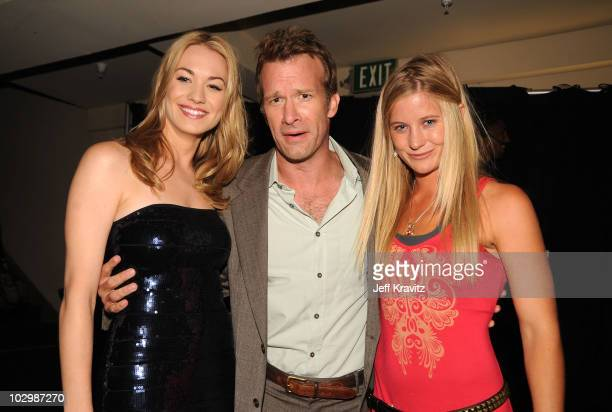 Actors Leven Rambin Thomas Jane and snowboarder Hannah Teter attend the 2010 VH1 Do Something Awards held at the Hollywood Palladium on July 19 2010...