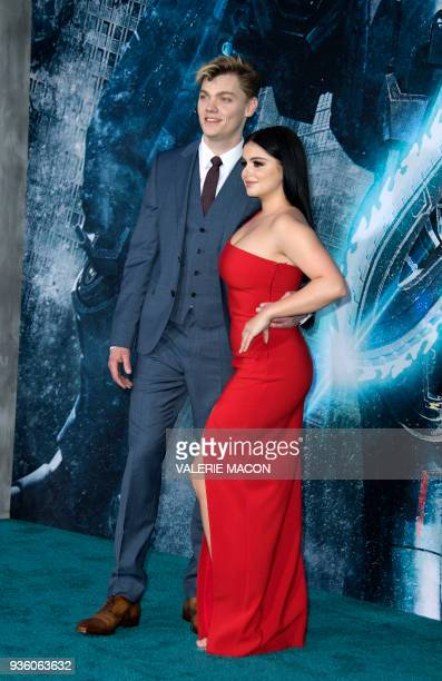 Actors Levi Meaden and Ariel Winter attend The Universal Premiere Pacific Rim Uprising at the Chinese Theater on March 21 in Hollywood California /...