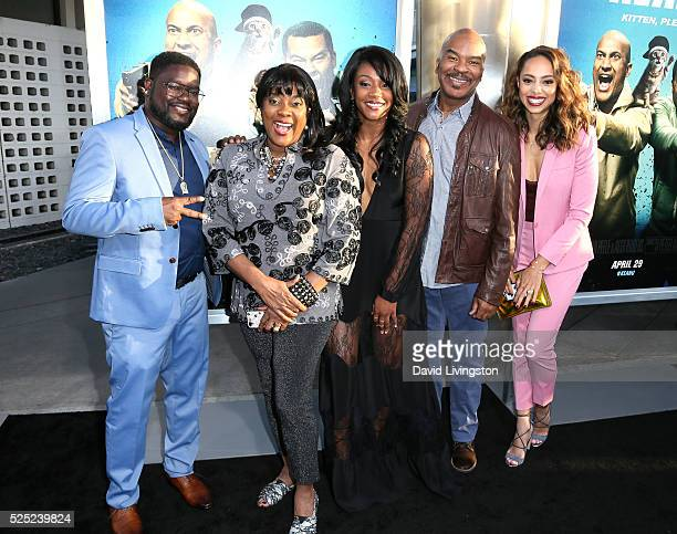 Actors Lil Rel Howery Loretta Devine Tiffany Haddish David Alan Grier and Amber Stevens West attend a special presentation of Warner Bros' Keanu at...