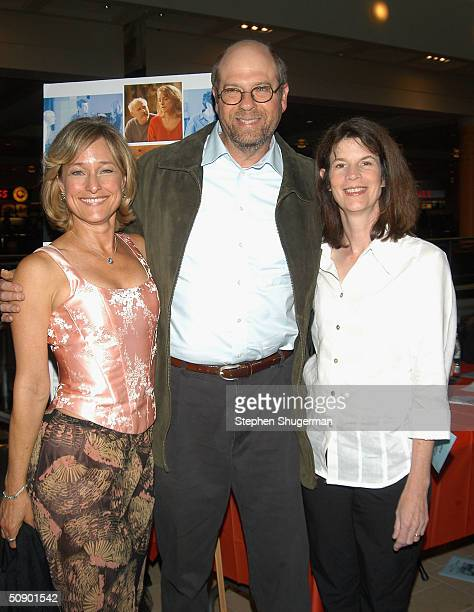 Actors Lisa Chess Stephen Tobolowsky and Ann Hearn attend the Los Angeles Premiere of Frankie and Johnny are Married on May 26 2004 at the Landmark...