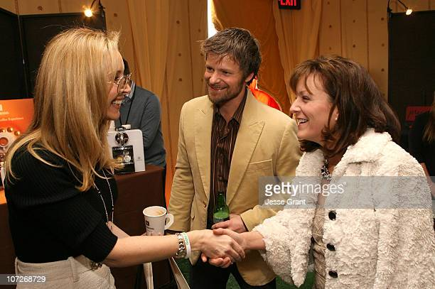 Actors Lisa Kudrow and Steve Zahn at the On3 Productions Lounge at Film Independent's 2008 Independent Spirit Awards at the Santa Monica Pier on...