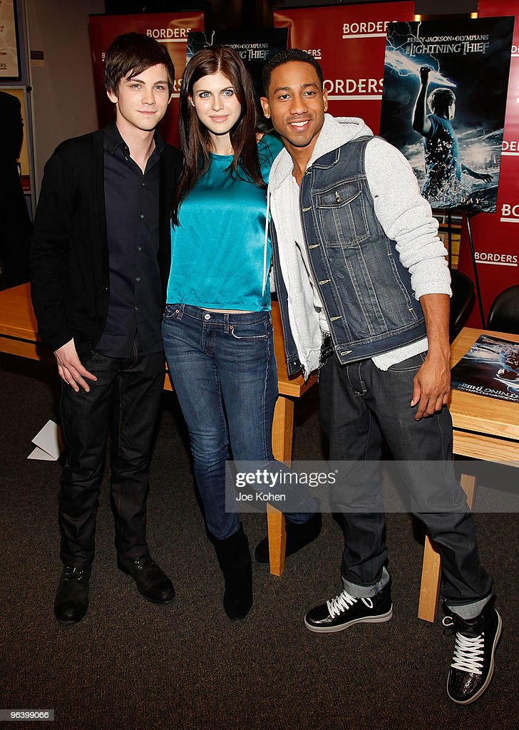"""Cast Of """"Percy Jackson & The Olympians: The Lightning Thief"""" Visits Borders"""
