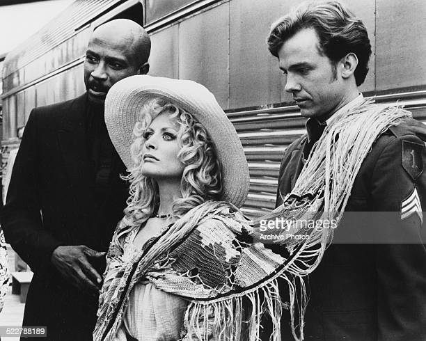 Actors Louis Gossett Jr and Beverly D'Angelo in a scene from the movie 'Finders Keepers' 1984