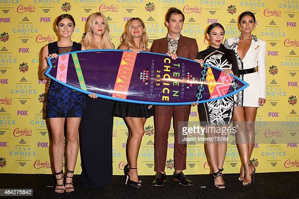 Actors Lucy Hale Ashley Benson Vanessa Ray Ian Harding Janel Parrish and Shay Mitchell winners of the Choice TV Drama Show award for Pretty Little...